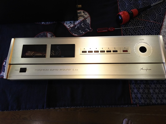 Accuphase E-302  (6).JPG