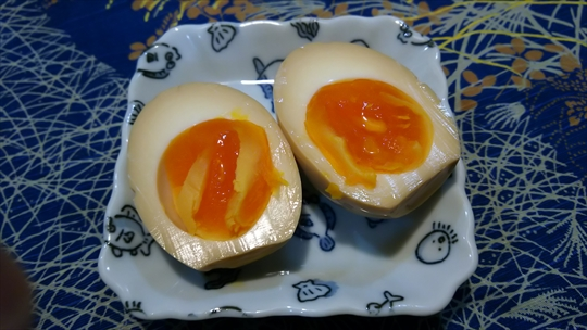 或る日の夕食 ドライカレー&ハンバーグプレート ダメだこりゃ (^▽^;) (6).JPG