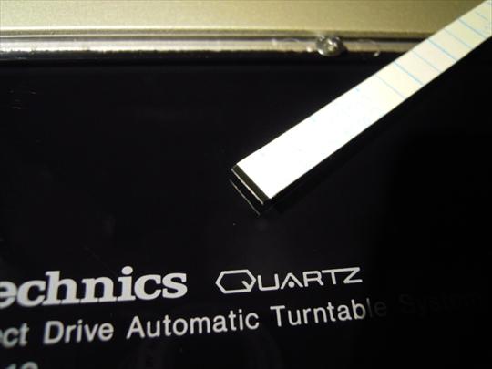 Technics SL-10 ダストカバー押え テープ両端処理 切り口研磨.JPG